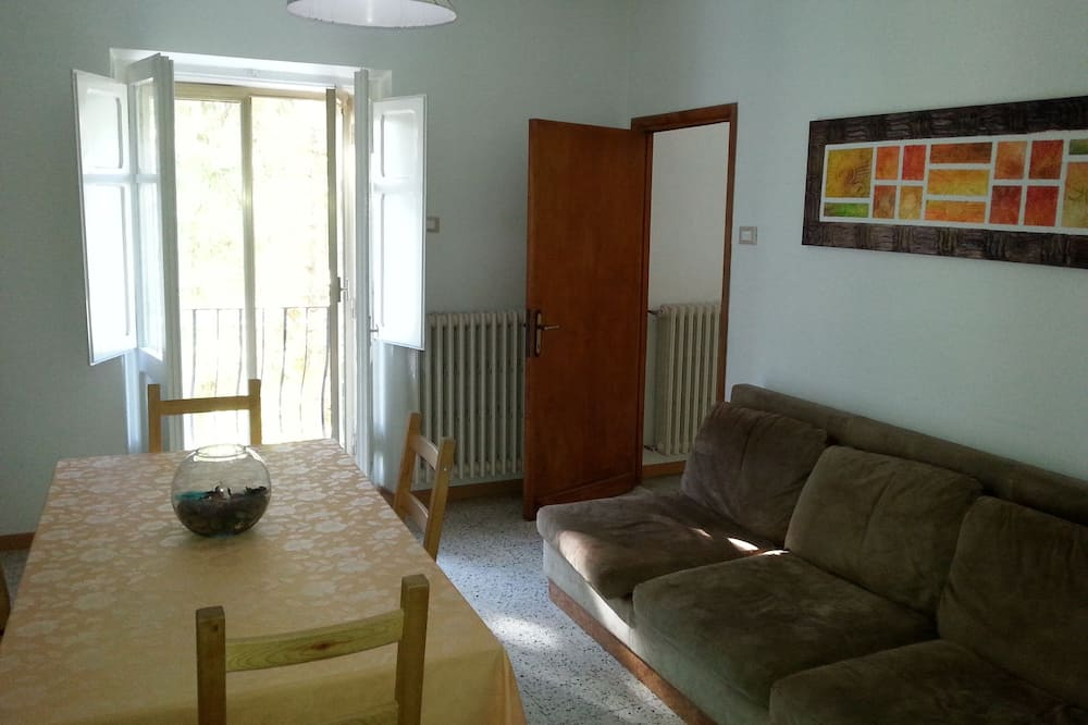 Apartman, 3 spavaće sobe, balkon - Dnevna soba