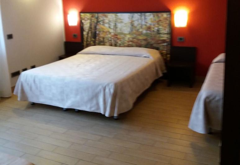 Affittacamere il Boscaiolo, L'Aquila, Habitación con 1 cama doble o 2 individuales, Habitación