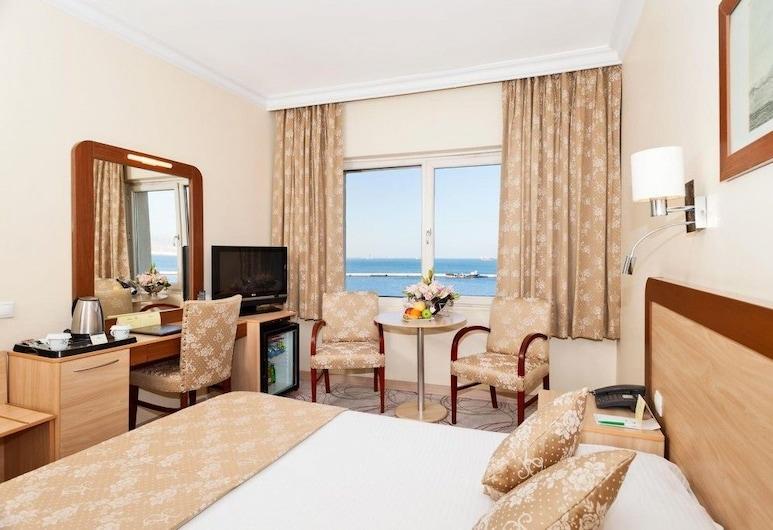 伊茲密爾克里姆酒店, 伊士麥, 豪華雙人或雙床房, 海景, 客房
