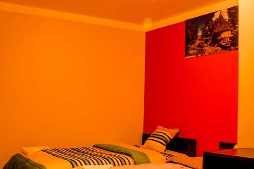 Dvojlôžková izba, 2 jednolôžka, nefajčiarska izba - Hosťovská izba