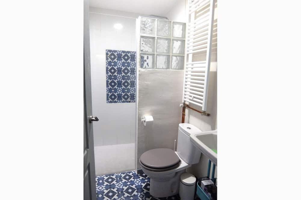 Čtyřlůžkový pokoj (Hmong) - Koupelna