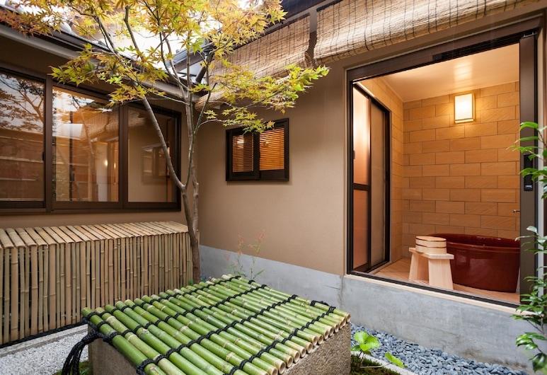 プライベートレジデンス 二条城 和, 京都市, 庭園
