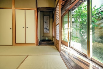 Picture of Kaede in Kyoto