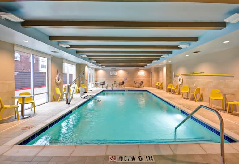 Home2 Suites by Hilton at the Galleria, Houston, Pool
