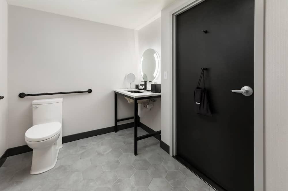 Δωμάτιο, 1 Queen Κρεβάτι, Πρόσβαση για Άτομα με Αναπηρία, Μη Καπνιστών - Μπάνιο