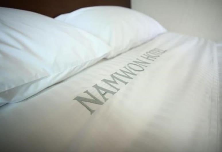 Namwon Hotel, Namwon, Double Room, Bilik Tamu
