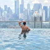 KL Skyline Hostel & Rooftop Infinity Sky Pool