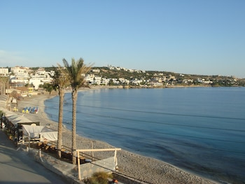 Mynd af Zorbas Beach Hotel í Hersonissos