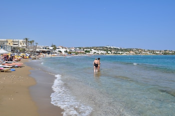 Picture of Zorbas Beach Hotel in Hersonissos