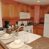 Family Condo, Kitchen, Garden Area - Shared kitchen