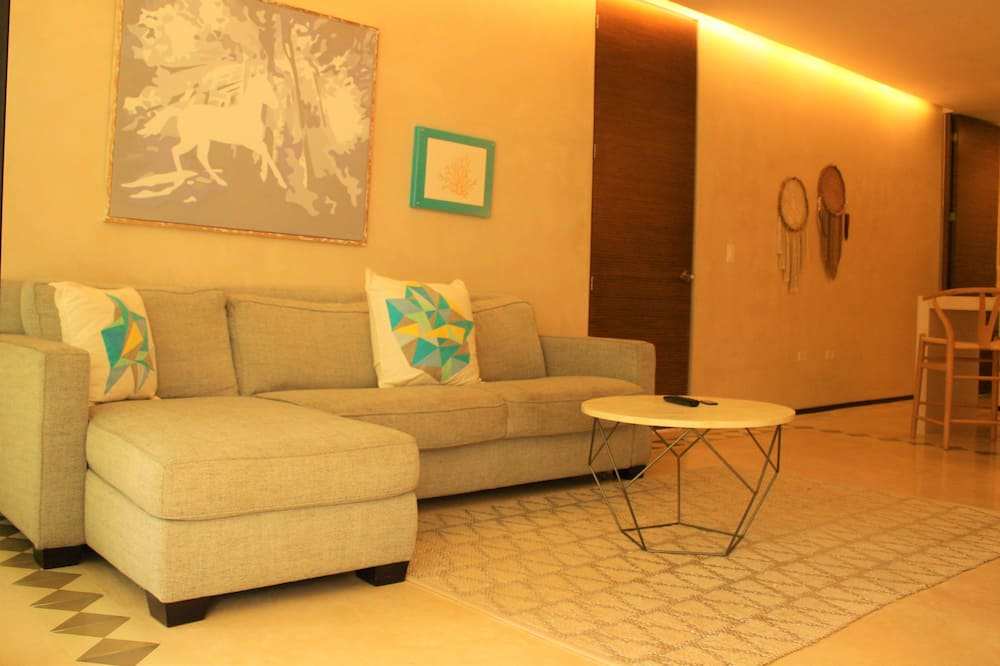Condo, 1 Bedroom - Ruang Tamu