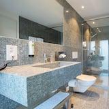 Junior Suite - Bathroom Shower