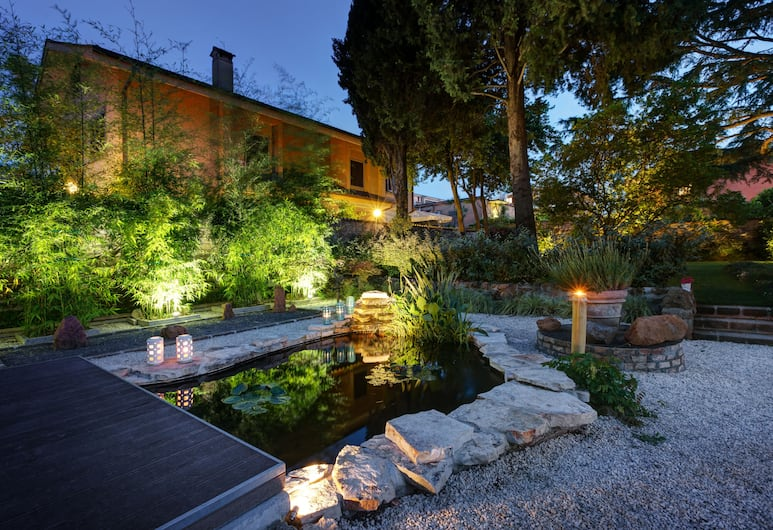 Appia Antica Resort, Rome, Apartment, 1 Bedroom, Non Smoking, Front of property - evening