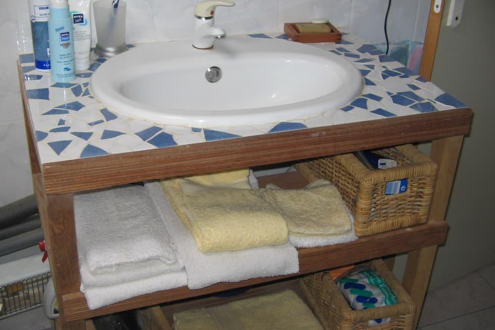 Dvokrevetna soba, 1 bračni krevet, za nepušače - Kupaonica