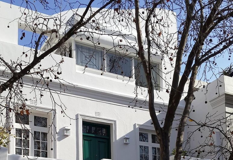 19 LOADER STREET, Cape Town