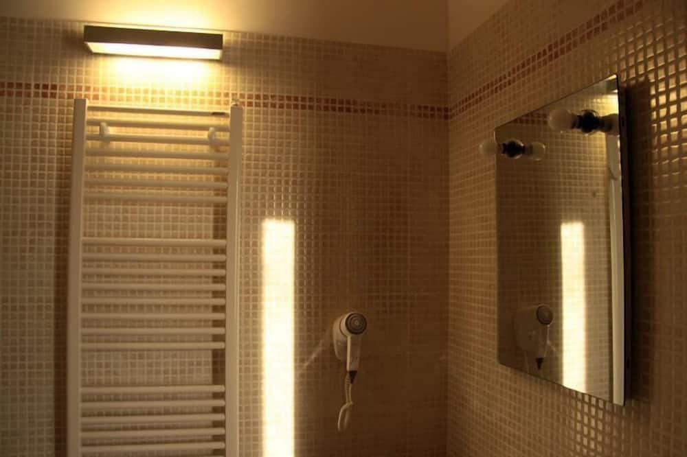 Classic Room, Garden View - Bathroom