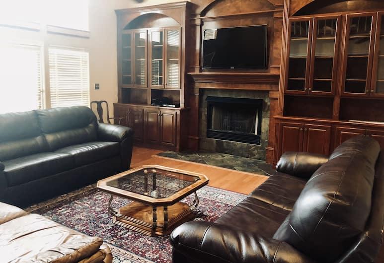Irenes Secret, Hot Springs, House, Guest Room