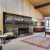 Soukromý byt, 2 ložnice, krb (Free SHARC Pass, Lift Ticket Discount) - Obývací prostor