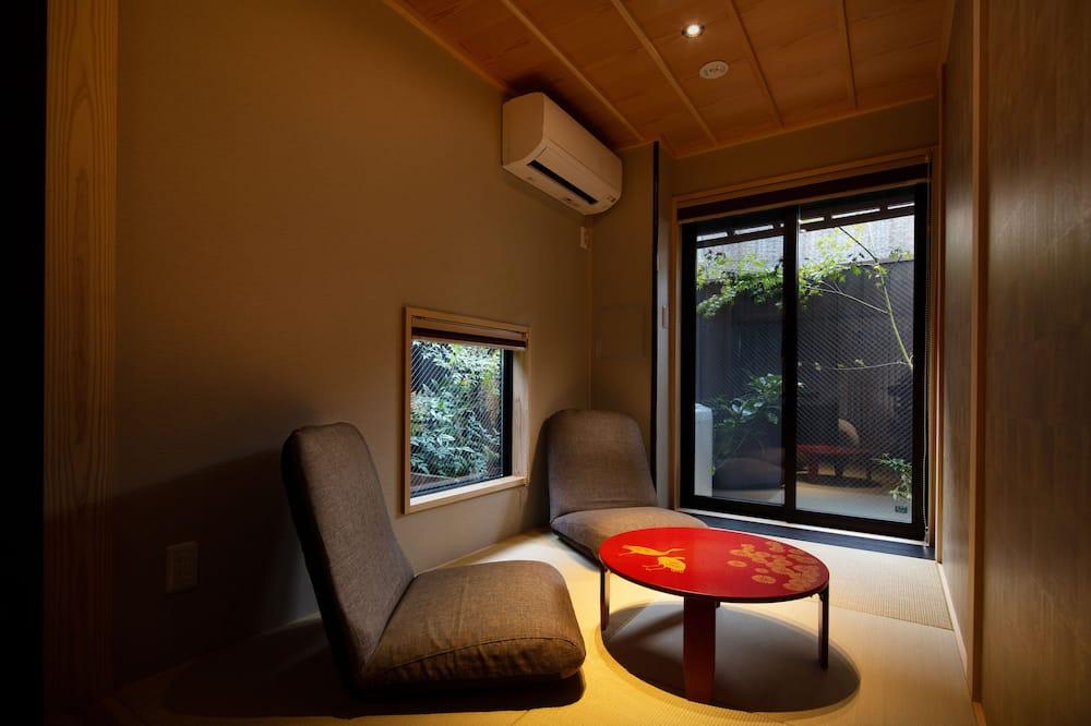 Traditional Δωμάτιο (Japanese/Western Style 1F) - Καθιστικό
