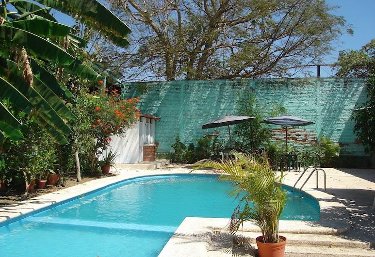 Hotel Hospedajes Del Rey, Colima, Outdoor Pool
