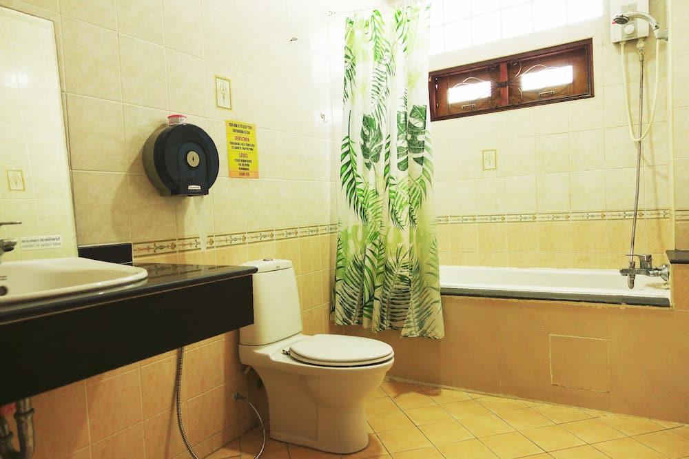 Spoločná zdieľaná izba typu Basic, nefajčiarska izba - Kúpeľňa