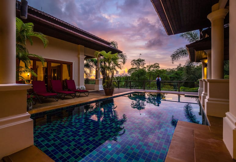 Lakewood Hills Villa by Lofty, Choeng Thale, 4 Bedrooms Private Pool Villa