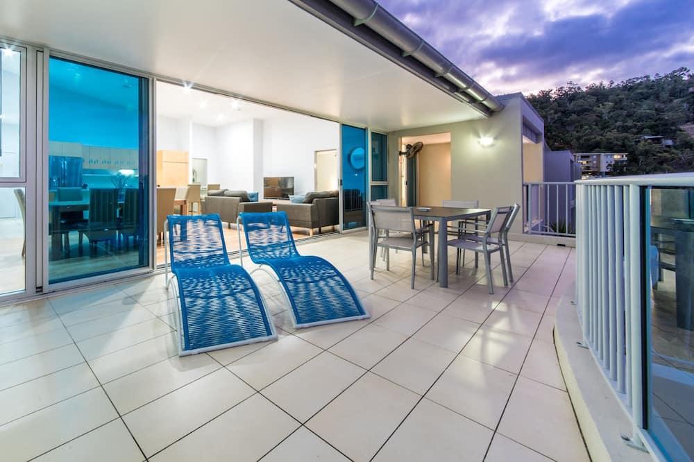 Розкішні апартаменти, багатомісний номер, для некурців - Балкон