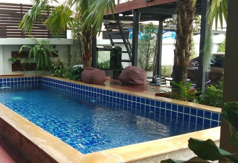 The Suvarnabhumi Apartment, Bang Phli, Piscina al aire libre