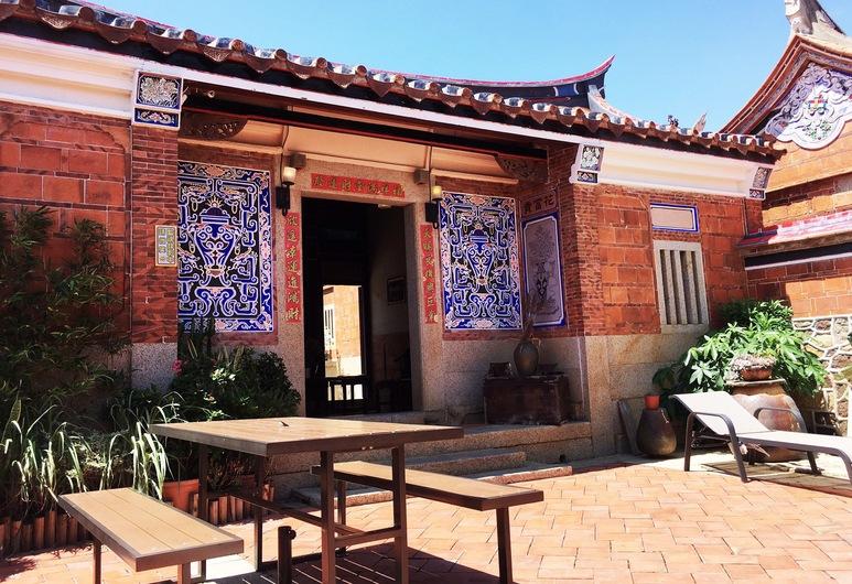 H&Y House, Jinhu, Altan