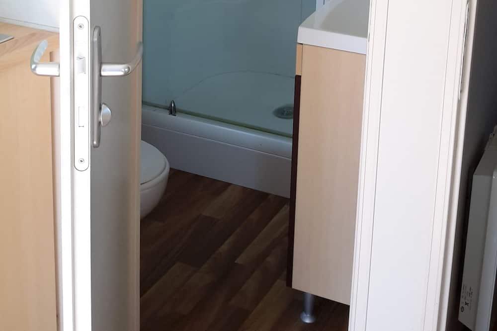 บ้านเคลื่อนที่, ปลอดบุหรี่ (4-6 People ) - ห้องน้ำ