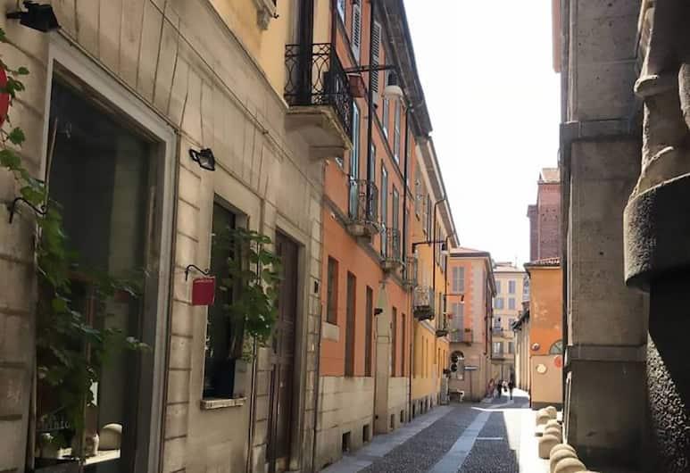 Brera - Via del Carmine, Милан