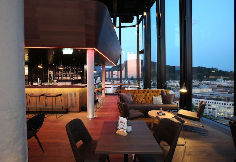 arte Hotel Salzburg , זלצבורג, בר המלון
