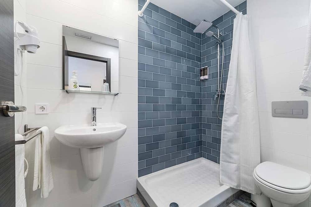 Deluxe-Doppelzimmer, 2Einzelbetten - Badezimmer