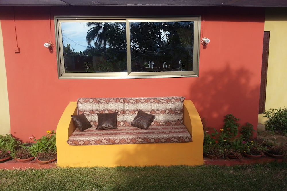 Standartinio tipo dvivietis kambarys, 1 miegamasis, Nerūkantiesiems, vaizdas į sodą - Vaizdas iš balkono