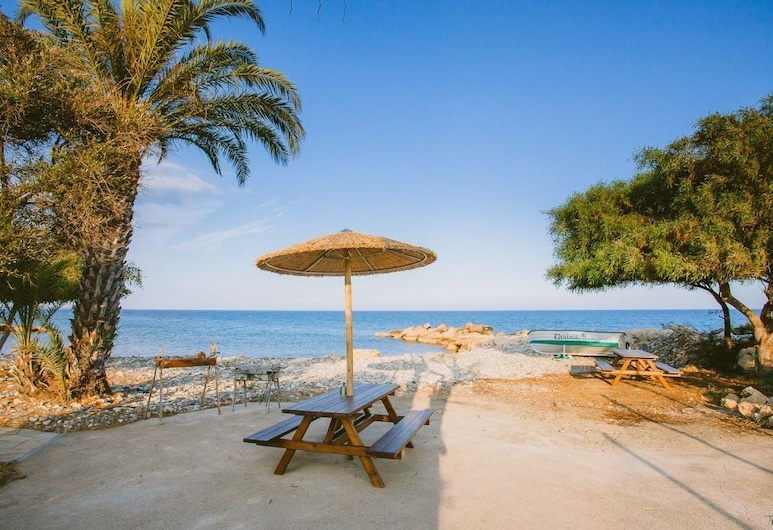 Elya Beach Luxury Suites, Agios Theodoros, Playa