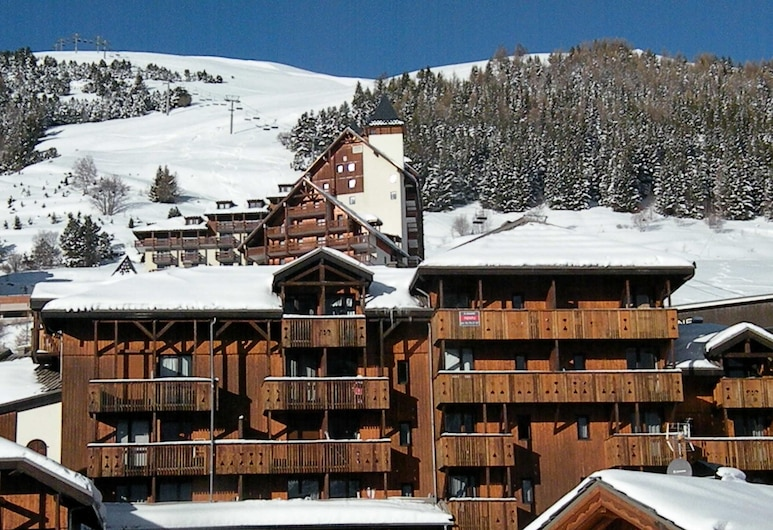 Studio in Les Deux Alpes, With Wonderful Mountain View and Furnished Garden, Les Deux Alpes, Front of property