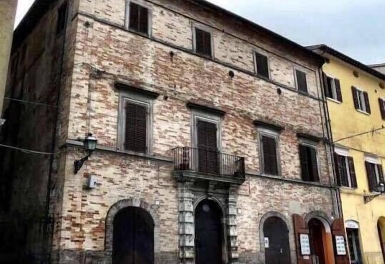 A Palazzo, Pergola