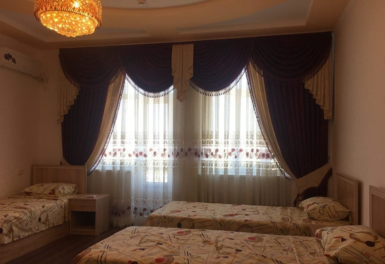 Daryo Hostel, Bukhara, Economy - kolmen hengen huone, Vierashuone