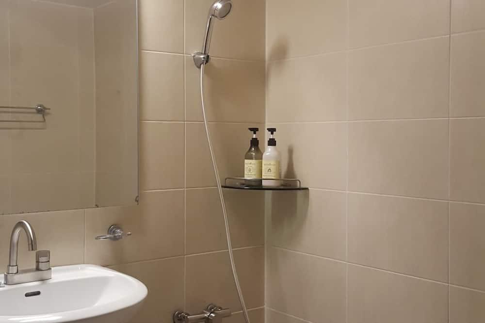 City-Doppelzimmer - Badezimmer