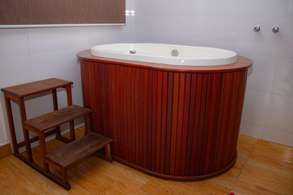 Premier Suite, Jetted Tub - Private spa tub