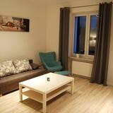 Apartment (Wozna) - Room