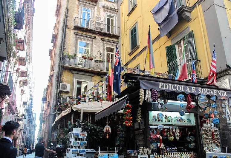 Nanà Bed and Breakfast, Naples, Pohľad na hotel