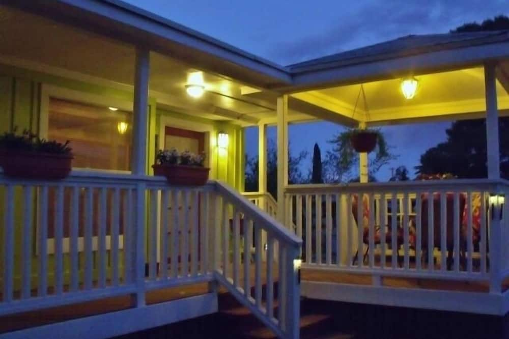 Harvest Moon Bungalow Holiday home 2