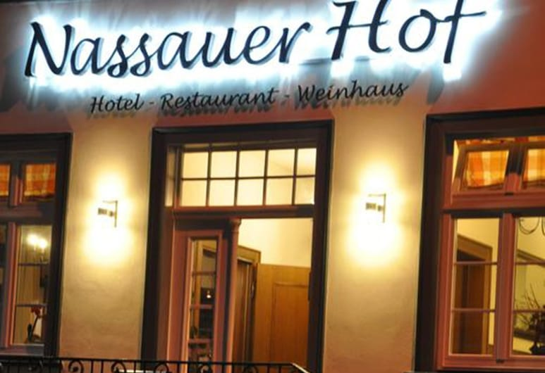 Nassauer Hof Hotel & Weinwirtschaft, Sankt Goarshausen, Pohľad na hotel