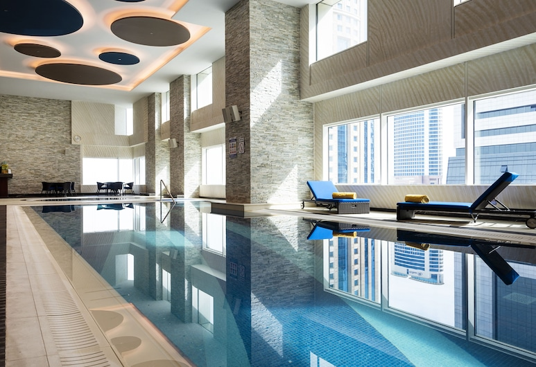 Centara West Bay Hotel & Residences Doha, Doha, Piscina Interior
