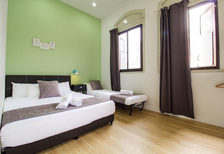 Q Loft Hotels@Geylang, Singapur, Familienzimmer, 1Queen-Bett und Schlafsofa, Zimmer