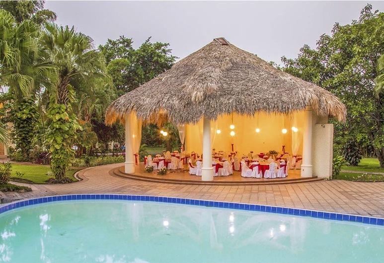 Bambu Resort, Mazatenango, Ulkouima-allas