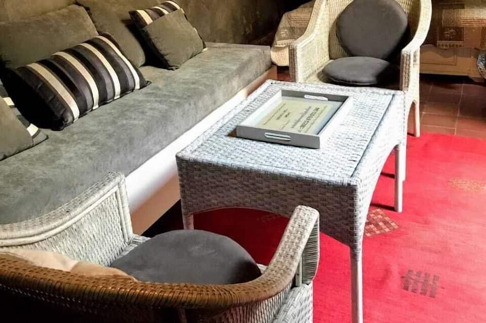 Standard Double Room, Non Smoking - Living Area