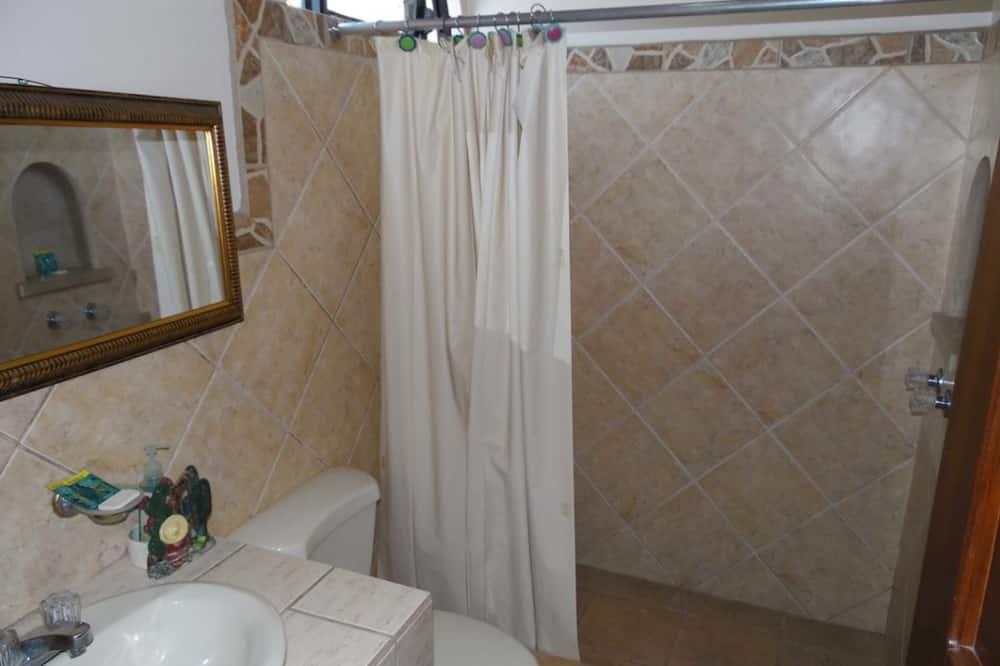 Quarto Clássico com Cama de Casal, Não-fumadores - Casa de banho