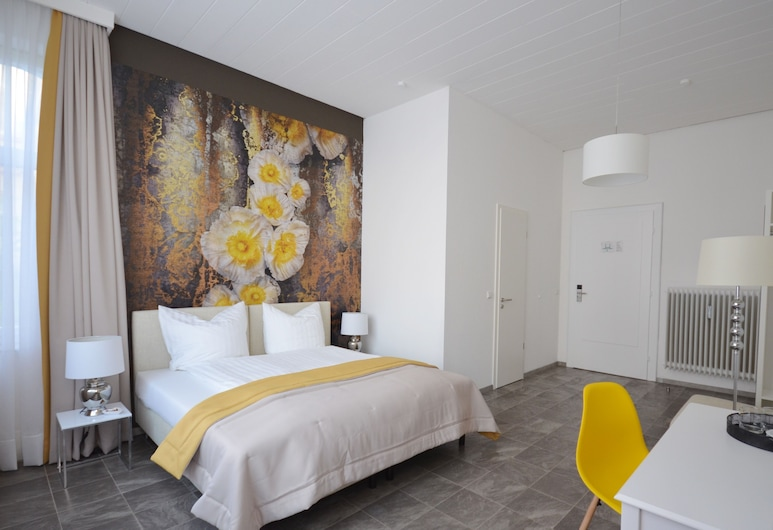 Hotel Reverey, Hannover, Double Room (3 people), Guest Room